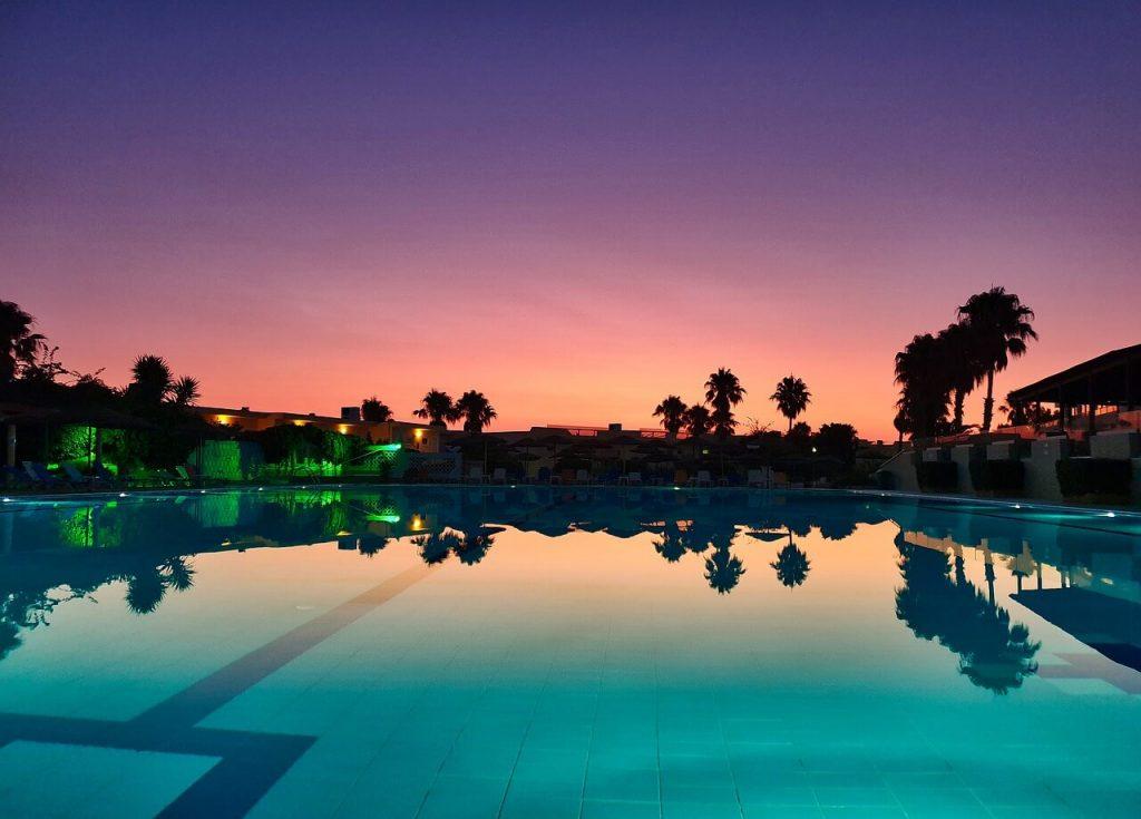 Hotel-Piscina-Grecia
