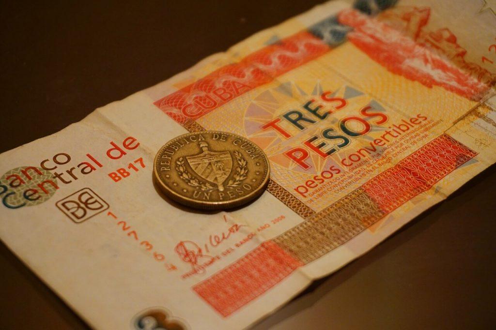 dinero-Cuba