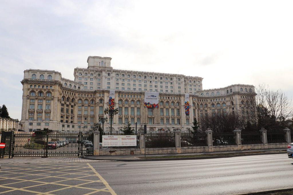 Palacio-del-Parlamento-Rumania